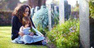 Accompagner l'enfant en deuil